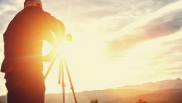 филм Моторът - снимки на кино на село
